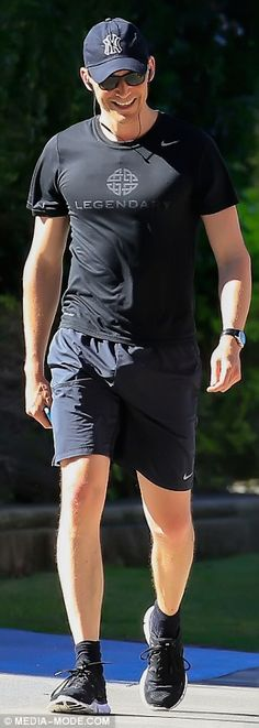 Tom Hiddleston on the Gold Coast in Australia to film Thor: Ragnarok. Source: Daily Mail http://i.dailymail.co.uk/i/pix/2016/07/09/05/361801F800000578-3681882-image-m-12_1468038207548.jpg