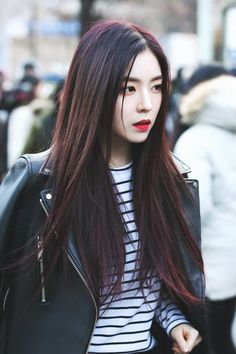 170224 - Red Velvet Irene on the way to Music Bank (cr. amunaparty)   Twitter