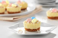 Check out these great PHILADELPHIA mini cheesecakes! The buzz about our PHILADELPHIA Mini Cheesecakes is that they're simple, quick and delicious. What more could you ask from a dessert? Easy Easter Desserts, Easter Treats, Easter Recipes, Holiday Desserts, Holiday Recipes, Family Recipes, Easter Cheesecake, Mini Cheesecake Recipes, Cheesecake Tarts