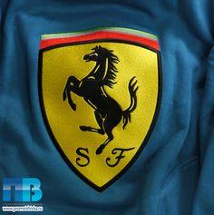 Машинная вышивка эмблемы Ферарри на толстовке #embroidery #ferarri #auto