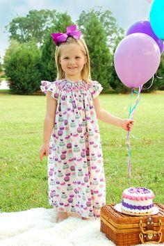 Cupcakes girls birthday dress.  Summer girls by CarouselWear, $54.97