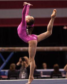 Gabby Douglas remporte l'or au concours général de gymnastique avec spectacle pour la médaille la plus prestigieuse du sport | Online email