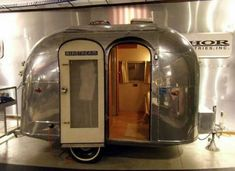 """airstream """"Bambi- This would get me to go camping! Airstream Bambi, Airstream Vintage, Vintage Rv, Airstream Trailers, Vintage Motorhome, Airstream Living, Vintage Type, Tiny Trailers, Vintage Campers Trailers"""