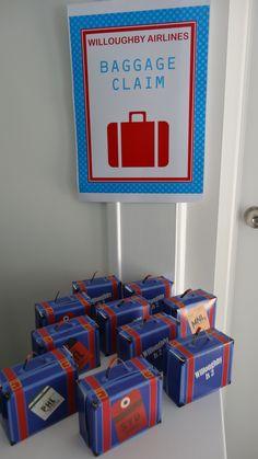 Bakersbin het take away boksies, gan loer waste kleure alles - Baggage claim