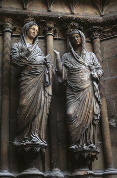 Reims Cathedral (Cathedral of Notre-Dame), 1211, west facade, central portal: The Visitation,1230–33.