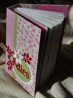 Mini Albums Scrap, Fitness Gifts, Craft Storage, Bookbinding, Diy Hacks, Cool Gadgets, Stamping Up, Something To Do, Best Gifts