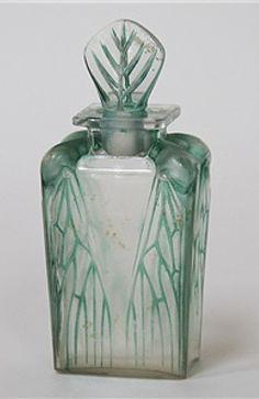 """Antique vintage René Lalique perfume scent bottle """"Cigalia"""" for Roger et Gallet, c1912. 13 cm (5-3/8"""") tall."""