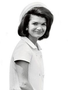 Jacqueline Kennedy. www.pinkpillbox.com