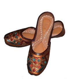 095e7a6c5 US WOMEN S LEATHER RAJASTHANI PUNJABI JUTTI NEW TRADITONAL FLIP-FLOP SHOES   fashion  clothing