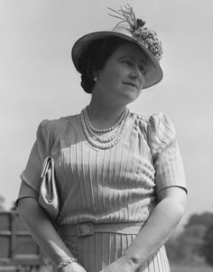 Queen Elizabeth The Queen Mother Style Evolution: From Pearls To Pearls (PHOTOS)