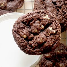 Food Pusher: Dark Chocolate Cookies