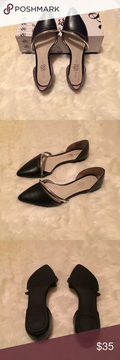 ** REDUCED** New- Rock and Republic pointed flats Brand new pointed flats by Rock and Republic! Size 7 Rock & Republic Shoes Flats & Loafers