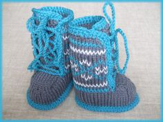 6-12 months hand knitted baby booties