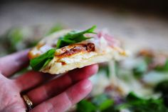 Fig-prosiutto pizza with arugula    Love Pioneer Woman's pizza dough recipe