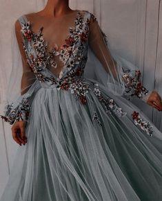 Pretty Prom Dresses, Dream Wedding Dresses, Elegant Dresses, Cute Dresses, Beautiful Dresses, Formal Dresses, Black Wedding Gowns, Grad Dresses, Unique Dresses