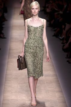 Valentino Spring 2013 Ready-to-Wear Fashion Show - Steffi Soede (NATHALIE)