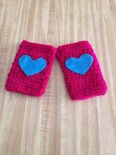 Girls Fingerless Gloves in Magenta with Turquoise hearts by AllThingsUniqueShop