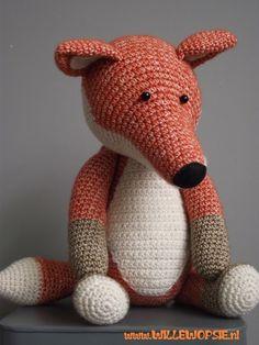 willewopsie: Stone washed Fox (scheepjeswol)