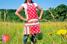 Reversible Summer Apron in Three Bold Prints | Sew4Home