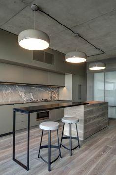 cuisine minimaliste, bar de cuisine, tabourets et lampes pendantes, plafond en béton ciré