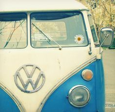 """summer car... yea if i had an extra lump of cash to buy a """"summer car""""      this, is a dharma initiative car."""
