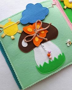 Baby Crafts, Felt Crafts, Diy Crafts For Kids, Book Activities, Silent Book, Material Didático, Fidget Blankets, Felt Quiet Books, Quilt Blocks