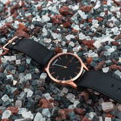 Classic Rose Gold/Black Leather