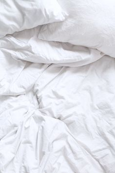 White sheets iPhone wallpaper