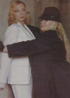 """Jennifer Saunders & Dawn French as Madonna & Britney- """"Come over here I got something to show ya"""""""