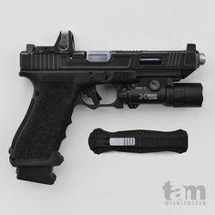 435582595204541580 DIY and crafts gan mens Hidden Weapons, Weapons Guns, Military Weapons, Guns And Ammo, Custom Glock, Custom Guns, Glock Mods, Tactical Pistol, Hunting Guns