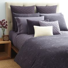 Includes 1 queen duvet cover and 2 standard shams. Sweet dreams! The Vera Wang Vioet collection includes a rich combination of violet, plum, light purple and white hues that set the tone for rest and relaxation. | eBay!