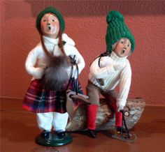 Byers Choice Carolers Ice Skater | 1993 Byers Choice Carolers Skaters Boy on Log Skater Girl with Muff ...