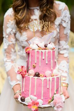 new Ideas for hot pink bridal shower cake Simple Bridal Shower, White Bridal Shower, Bridal Shower Cakes, Tea Party Bridal Shower, Bridal Shower Rustic, Velvet Cake, Sweet Sixteen, Cake Pink, Bohemian Cake