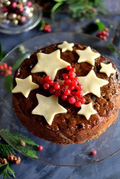 Making the Perfect Christmas Cake Part 3: Easy Decorating Ideas | Spice in the City