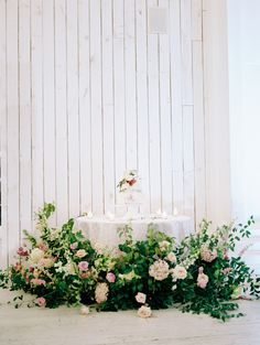 This cake was guarded by the most beautiful floral arrangement| Ivory and Vine Event Co.