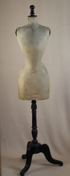Beautiful almost impossible to find size 38 wasp waist mannequin