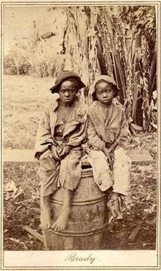 slave_children_photograph.jpg