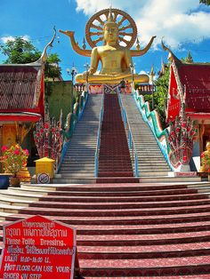 Big Buddha Temple, Ko Samui, Thailand - been here and it gives you an amazing serene feeling