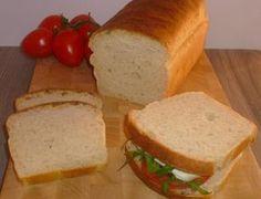 pancarre, un pane bianco, al latte morbido e gustoso fatto con lievito madre, pane a lunga lievitazione, ideale per tramezzini e toast