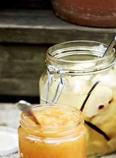 Marinoidut omenat | Kotivinkki Preserves, Panna Cotta, Mason Jars, Food And Drink, Mugs, Tableware, Ethnic Recipes, Desserts, Inspired