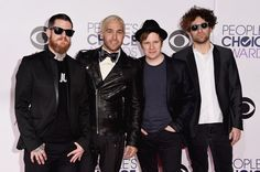 Pin for Later: See All the Stars on the People's Choice Awards Red Carpet! Fall Out Boy