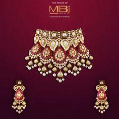 Adorn yourself with the grandeur of a bygone era. India Jewelry, Gems Jewelry, Wedding Jewelry, Jewelery, Bollywood Jewelry, Jewelry Patterns, Decoration, Jewelry Collection, Jewelry Design