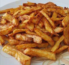 Πατάτες στον φούρνο σαν τηγανητές !!! ~ ΜΑΓΕΙΡΙΚΗ ΚΑΙ ΣΥΝΤΑΓΕΣ 2 Junk Food Snacks, Onion Rings, Snack Recipes, Veggies, Potatoes, Ethnic Recipes, Snack Mix Recipes, Appetizer Recipes, Vegetable Recipes