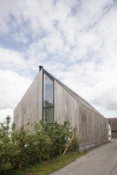 Declerck-Daels Architecten - Projecten Logs, Facade, House Plans, Sweet Home, Cottage, House Design, Ramen, Building, Outdoor Decor