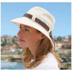 The Tilley Hemp Sun Hat is made of durable hemp fabric. Breathable and lightweight, this hat offers excellent sun protection and is guaranteed for life not to wear out, making it perfect for stylish travel and all your outdoor adventures. Floppy Sun Hats, Hemp Fabric, Sun Hats For Women, Digital Magazine, Travel Accessories, Panama Hat, Mom, Tilley Hats, My Style