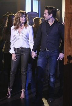 Rayna and Deacon.