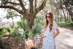 Gal Meets Glam Palmetto Bluff - Sea dress & FiveStory bag
