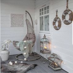 Love the chic and softness of the lanterns, the rug, vase. maybe with a different chair. Flur Design, Interior Decorating, Interior Design, Decorating Ideas, Decor Ideas, My New Room, House Rooms, Room Decor Bedroom, Bedroom Balcony