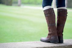 Buy Dubarry Longford Boots with FREE UK SHIPPING - The Longford Boot is a knee high, fully Gore-Tex® lined boot making it waterproof and breathable. Country Attire, Country Outfits, Dubarry Boots, Dog Walking Business, Pretty Outfits, Pretty Clothes, Tally Ho, Fashion 2017, Riding Boots