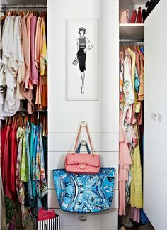La casa perfecta del perfecto vestidor · The perfect home with the perfect closet